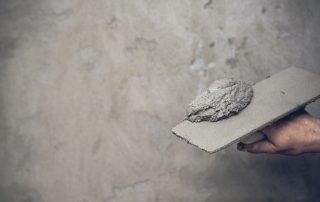 Aprenda quando é o momento certo de realizar manutenção em obras com concreto